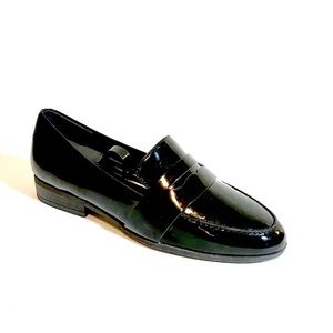 Dr Scholls patent leather loafers